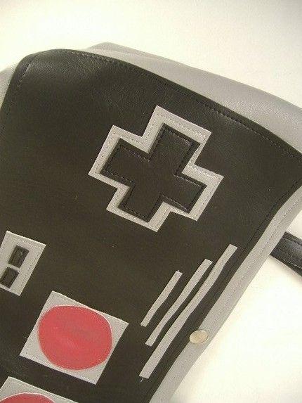 nes-controller-purse-1
