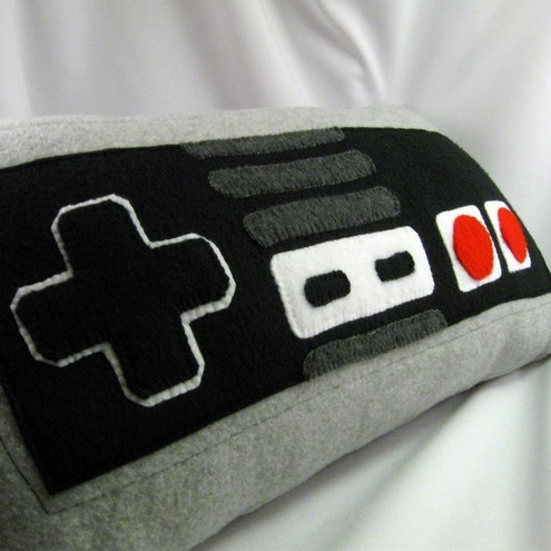 nes controller pillow1